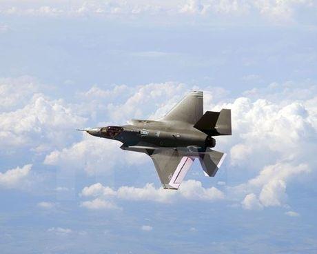 Israel thong qua ke hoach trang bi them 17 chien dau co F-35 - Anh 1