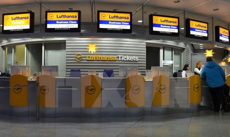 Dam phan that bai, phi cong hang Lufthansa tiep tuc dinh cong - Anh 1