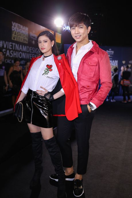 Mai Ngo 'dui da tang' van sexy lan at ca hoa hau Thuy Dung - Anh 5
