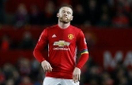 Man United mat ca Pogba lan Fellaini o tran tai dau West Ham - Anh 3