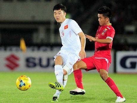 Doi hinh tieu bieu vong bang AFF Cup 2016: Khong co Cong Vinh - Anh 5