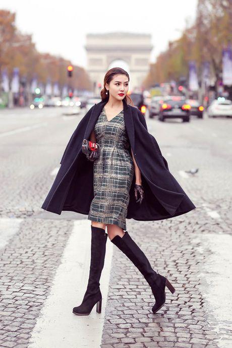 "Ngoc Duyen hoa quy co quy toc dao pho Paris truoc ""gio G"" Victoria's Secret 2016 - Anh 6"