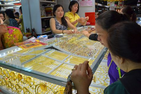 Lo vang lau chay vao Viet Nam - Anh 1