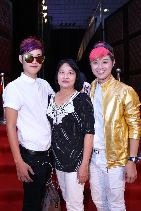 Nhung ca khuc khoe giong phi gioi tinh cua em trai Thanh Duy idol - Anh 3