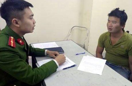 Giai cuu con tin, Truong cong an phuong bi dam trung co - Anh 2