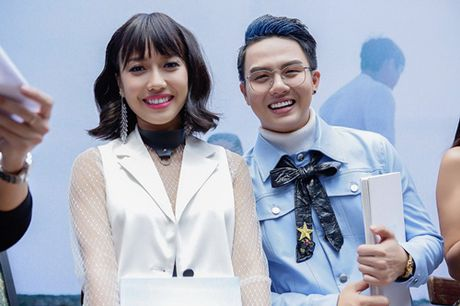 Diem My 9X, Hua Vy Van quang ba phim Tet gay nao loan duong sach - Anh 5