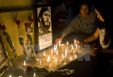Trieu Tien de quoc tang 3 ngay tuong nho Lanh tu Cuba Fidel Castro - Anh 1