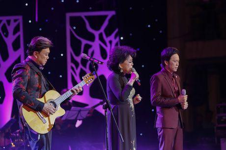 Hoai Linh than thiet ben con gai nuoi Anh Linh - Anh 4