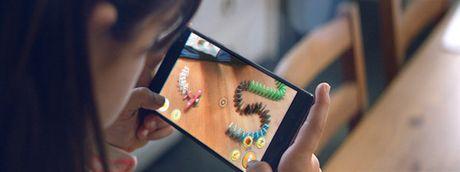 Du bao 10 xu huong smartphone bung no trong nam 2017 - Anh 1