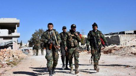 Luc luong chinh phu Syria dang ap dao suc manh o Aleppo - Anh 1
