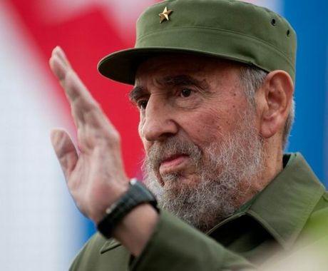Dieu it biet ve ba bo quan ao duoc lanh tu Cuba Fidel Castro mac nhieu nhat trong ca cuoc doi - Anh 1