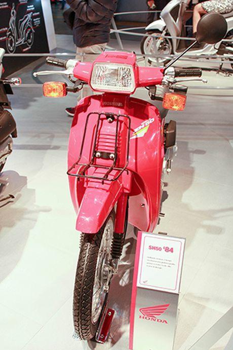 Voc dang Honda SH qua cac the he - Anh 1