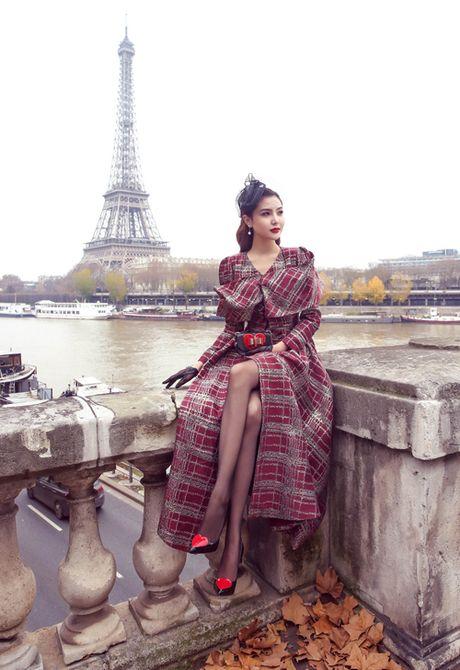 Ngoc Duyen mac thanh lich dao pho Paris truoc them show dien Victoria's Secret - Anh 7