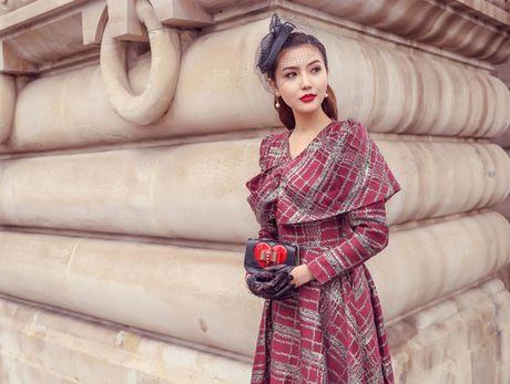 Ngoc Duyen mac thanh lich dao pho Paris truoc them show dien Victoria's Secret - Anh 8