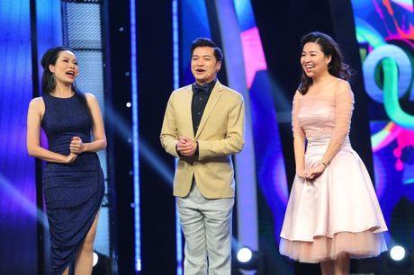 Hoang Oanh, Huong Giang xuc dong bat khoc khi xem Quang Dang mua duong dai - Anh 2