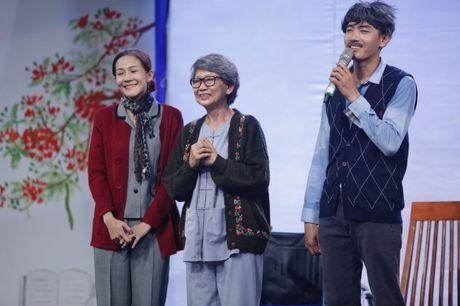 Hoang Oanh, Huong Giang xuc dong bat khoc khi xem Quang Dang mua duong dai - Anh 5