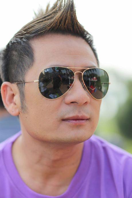 Bang Kieu 'choi troi' mung MV dat moc trieu view - Anh 7