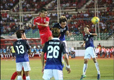 Doi hinh tieu bieu vong bang AFF Cup 2016: Ngoc Hai va Cong Vinh gop mat - Anh 3