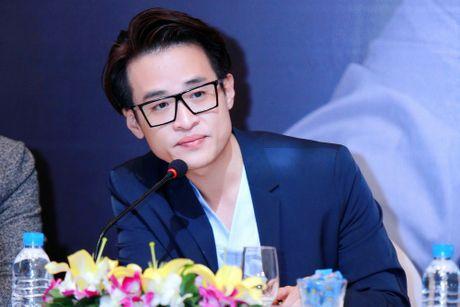 Ha Anh Tuan: 'Muon dem am nhac cua minh lam chat gay nghien hop phap' - Anh 2
