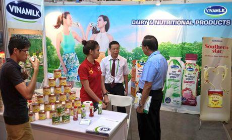 Vinamilk - doanh nghiep dau tien cua Viet Nam duoc phep tu chung nhan xuat xu hang hoa trong ASEAN - Anh 1