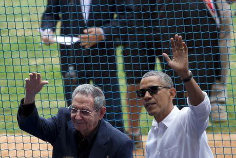 Khong con Chu tich Fidel, ong Trump bot ran voi Cuba? - Anh 1