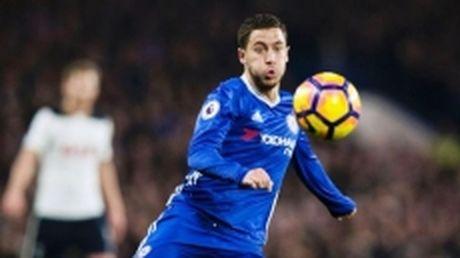 E. Hazard: Man City va Liverpool la doi thu tranh chuc vo dich voi Chelsea - Anh 1