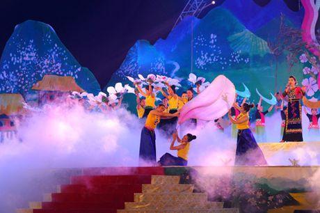 Le hoi Hoa Ban nam 2017 - Anh 1