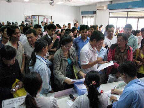 Cong doan khoi kien doanh nghiep no dong BHXH: Kho cung phai lam - Anh 1