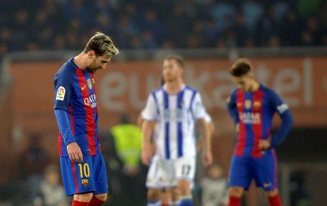 Messi ghi ban, Barca van tut lai o cuoc dua voi Real - Anh 2