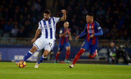 Messi ghi ban, Barca van tut lai o cuoc dua voi Real - Anh 3