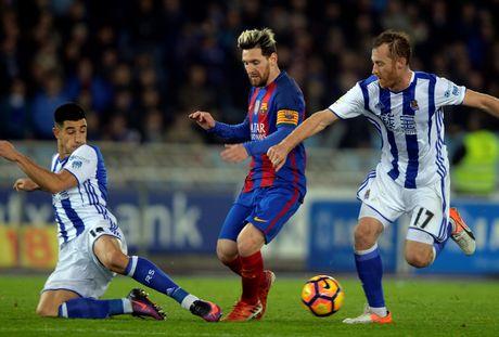 Messi ghi ban, Barca van tut lai o cuoc dua voi Real - Anh 7