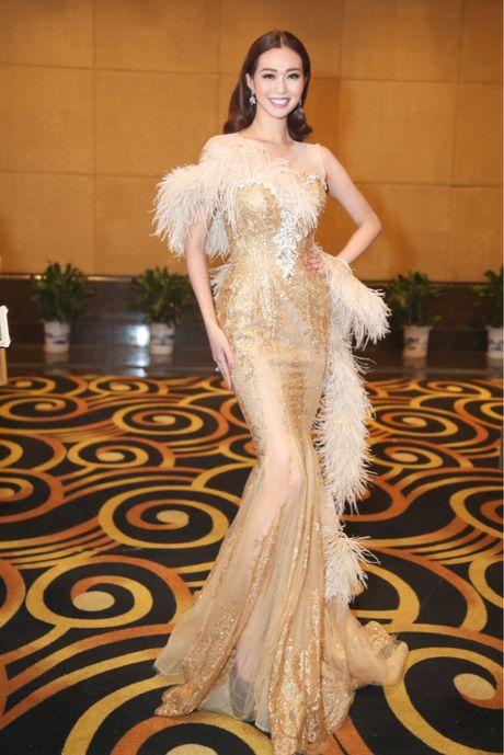 Dang Thu Thao, Chi Pu dan dau nhom sao mac dep - Anh 5