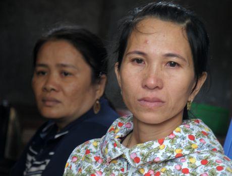 11 ngu dan Quang Ngai doi mat nguy hiem o Hoang Sa - Anh 1