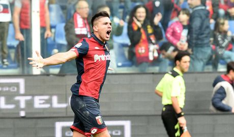 Con trai Simeone 'ha sat' Juve theo kich ban kho tin - Anh 1