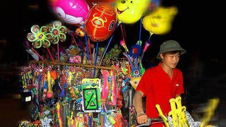 Chang trai ban hang rong duoc 3 dai hoc Au My moi hoc mien phi - Anh 1