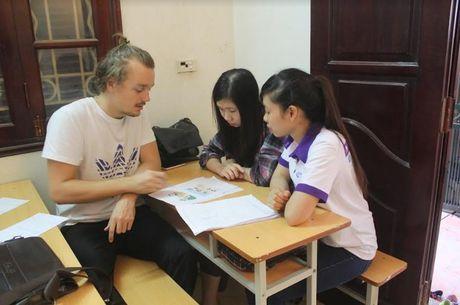 Chang trai ban hang rong duoc 3 dai hoc Au My moi hoc mien phi - Anh 5