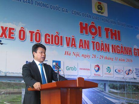 Khai mac Hoi thi Lai xe o to gioi va an toan nganh GTVT - Anh 1