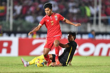 Viet Nam co nhieu dai dien nhat trong Doi hinh vong bang AFF Cup - Anh 10