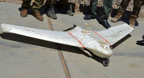 Iraq: IS su dung thiet bi bay khong nguoi lai lam vu khi - Anh 1