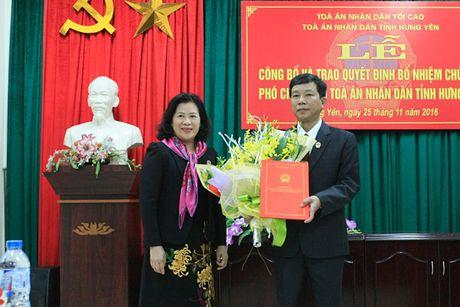 Nhan su moi Toa an nhan dan tinh Hung Yen - Anh 1