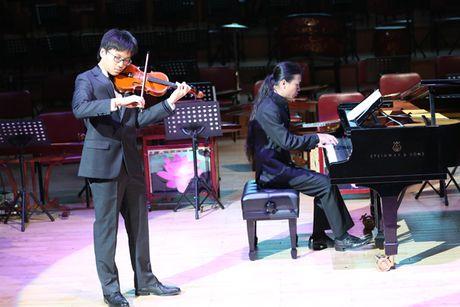 Dao tao am nhac: Khong the niu keo hao quang qua khu - Anh 2
