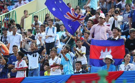 CDV Campuchia 'tru eo' DT Viet Nam truoc them ban ket AFF Cup - Anh 7