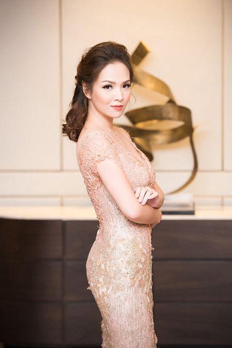 Dan Le: Scandal 'tai bay va gio', roi VTV va diem cuoi hanh phuc - Anh 1