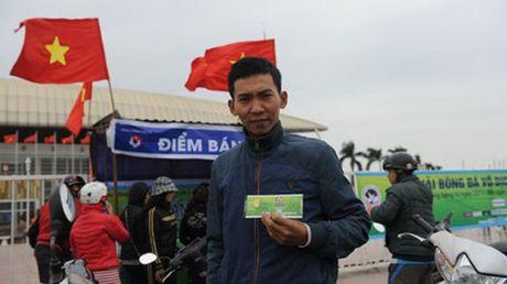 Diem tin hau truong 29/11: Swansea City 'nhan doi' qua… tivi; CDV Campuchia cay cu 'dim hang' DT Viet Nam - Anh 7