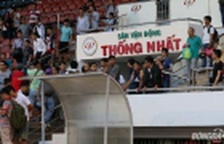 Diem tin toi 29/11: Mourinho dang tu hai minh; Viet Nam sap nhan thuong tien ty - Anh 2