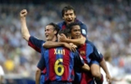 Huong toi El Clasico: Messi vuot troi Ronaldo - Anh 2
