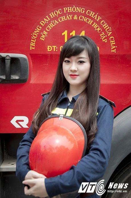 Hot girl DH Phong chay Chua chay tiet lo qua khu sieu quay - Anh 1