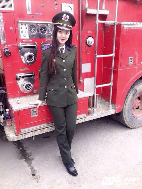 Hot girl DH Phong chay Chua chay tiet lo qua khu sieu quay - Anh 2