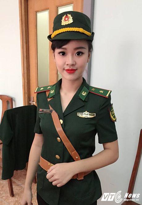 Hot girl DH Phong chay Chua chay tiet lo qua khu sieu quay - Anh 4