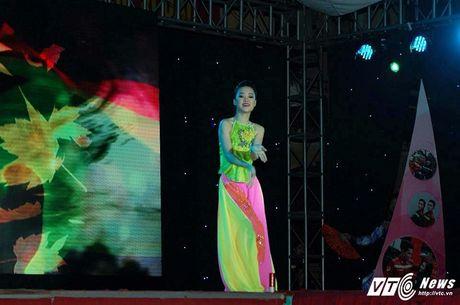 Hot girl DH Phong chay Chua chay tiet lo qua khu sieu quay - Anh 6